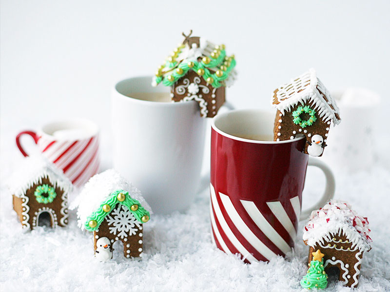 Isopure Salted Caramel Latte with Mini Gingerbread House Mug Toppers